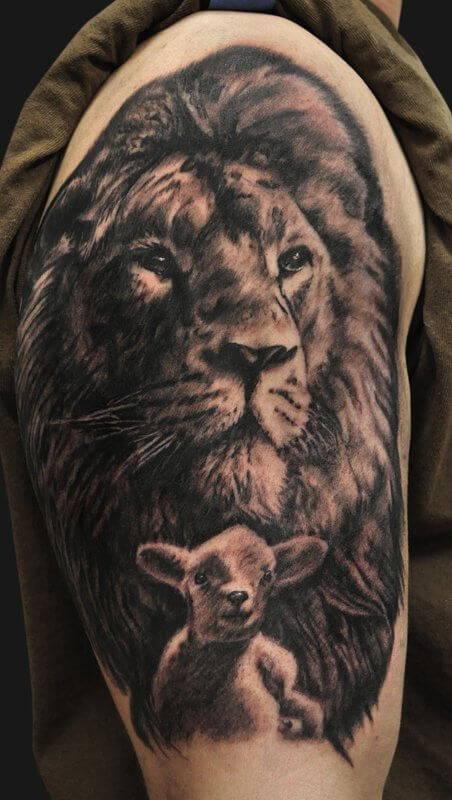 Tatouage Lion Agneau