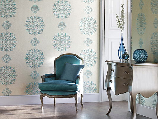 Trento - Don't be afraid to bring floral wallpaper into your interiors – read our design tips.