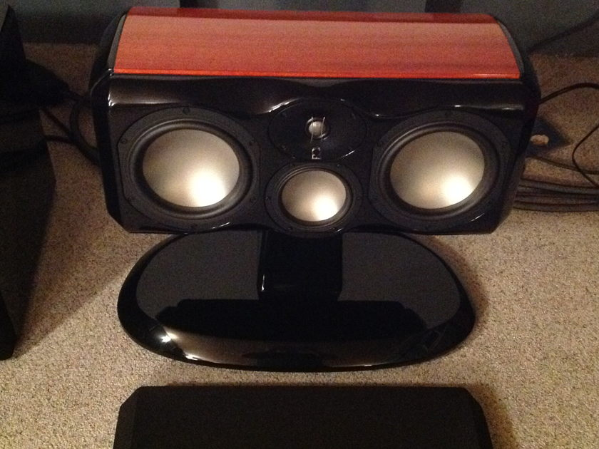 Revel Ultima2 Voice2 Center Channell with Pedestal