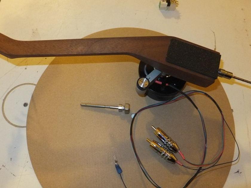 "DIY Wood Tonearm, walnut 9 "" , adjustable overhang look at the photos please"