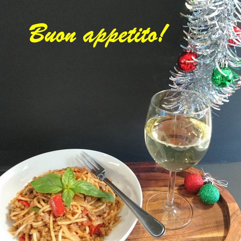 Date: 15 Dec 2019 (Sun) 47th Main: Spaghetti Bolognese[145] [129.9%] [Score: 8.5] Cuisine: Italian, Malaysian, Singaporean Dish Type: Main Another spaghetti theme dish?! It's either due to I'm craving for another dose of Sauvignon Blanc Semillon with a meal, or have to make use of the ailing capsicum in the fridge, or saving a beautiful recipe from extinction, or all of the above! While the recipe has a wonderful story behind it, this dish was celebrated with a touch of Christmas cheer today!  It scored an 8.5, but getting a 10.0 for this lovely meaty dish is easy: 1.Boil pasta for 10min (just like yesterday) instead of 12min to get a firmer al dente texture. 2.Sprinkle parmesan cheese as garnish. 3.Use 200g mushroom instead of 100g. 4.Add 11/2tsp salt instead of 1tsp. 5.Add ½tsp black pepper instead of 3/8tsp.
