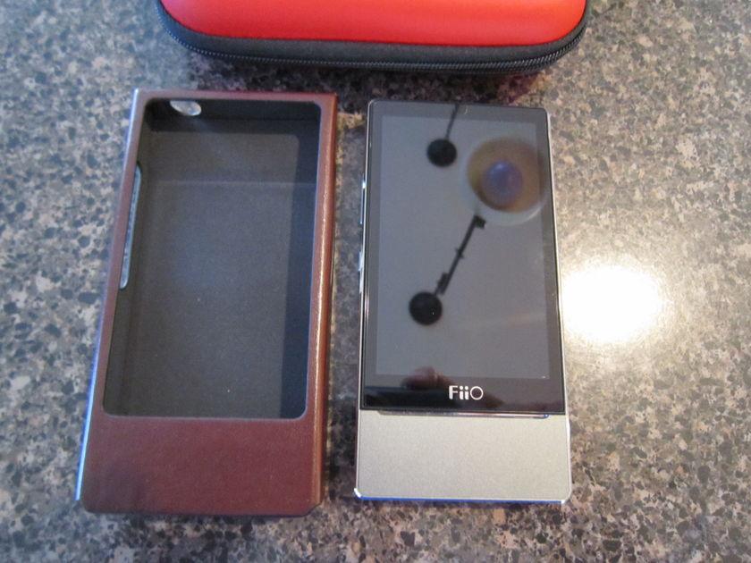 FiiO X7 DAP Portable Player - Lots of extras