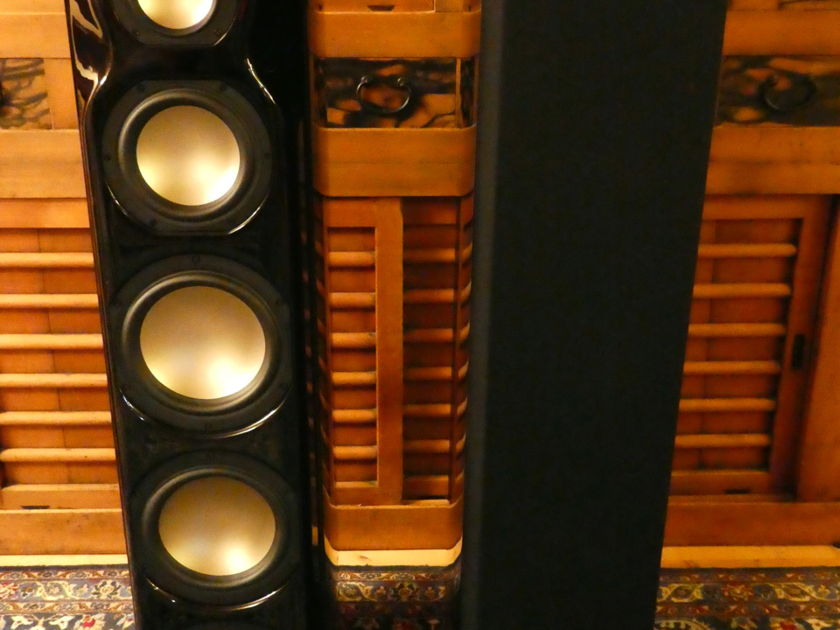 $22,000 Revel Ultima2 Salon2 Speakers in Gloss Black PIano Finish