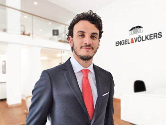 Milano (MI) - Real estate agent Emiliano Conti