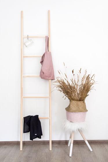 Лестница декоративная деревянная