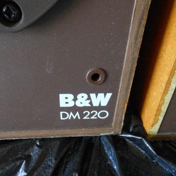 DM-220