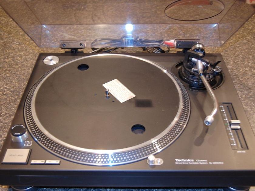 Technics SL 1200 MK 2 Turntable Black, All Original