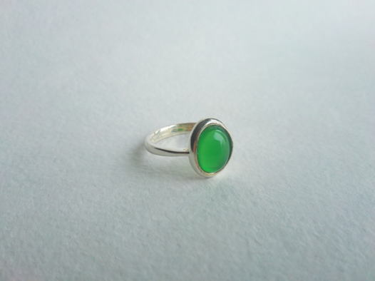 Кольцо с зеленым улекситом,  размер 16,5