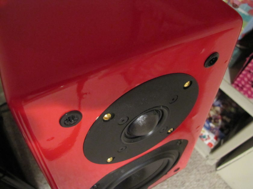 Silverline SR11 Red. Upgraded Tweeters