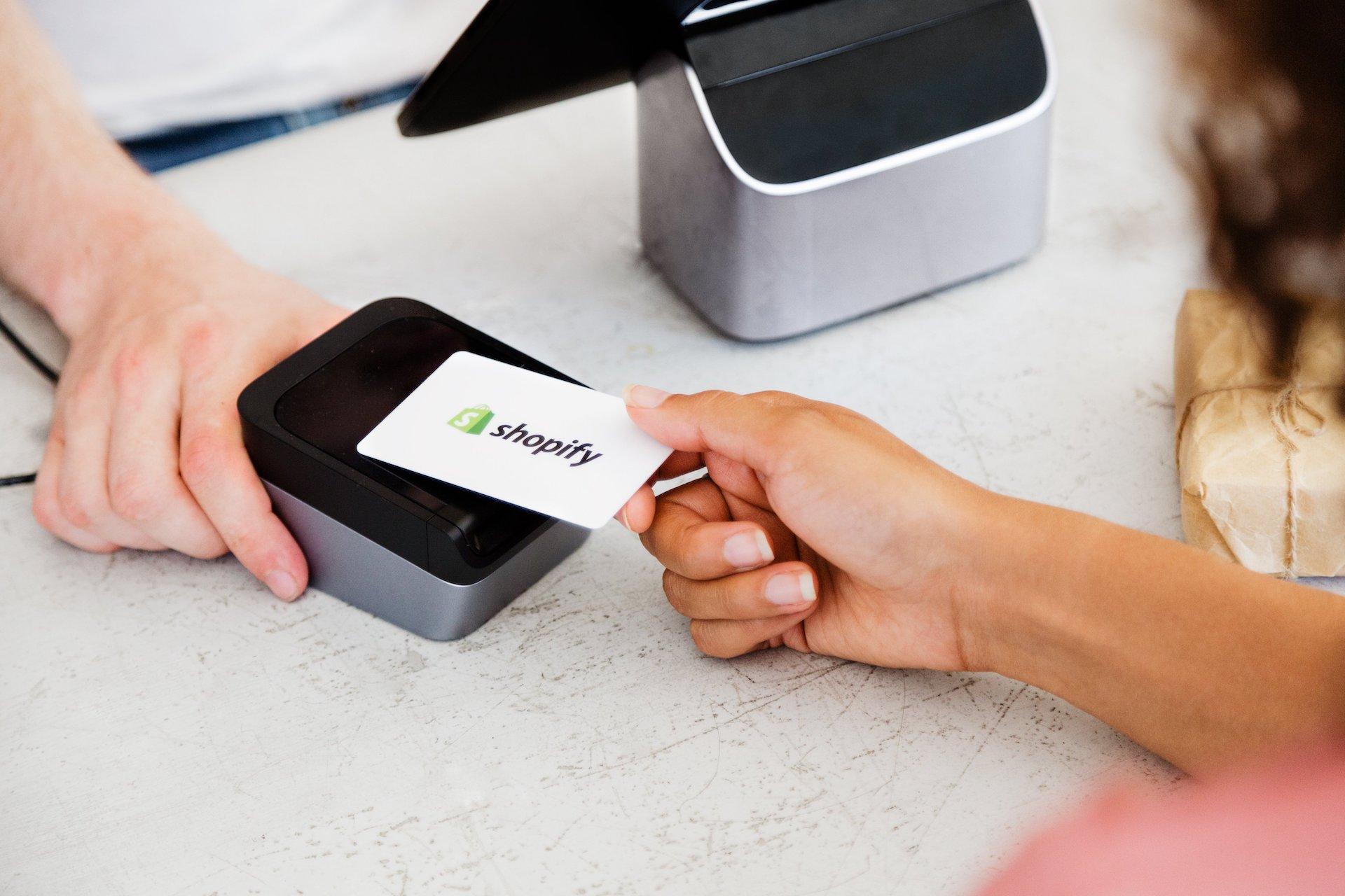 Come Cominciare a Vendere con Shopify? Guida per Beginners