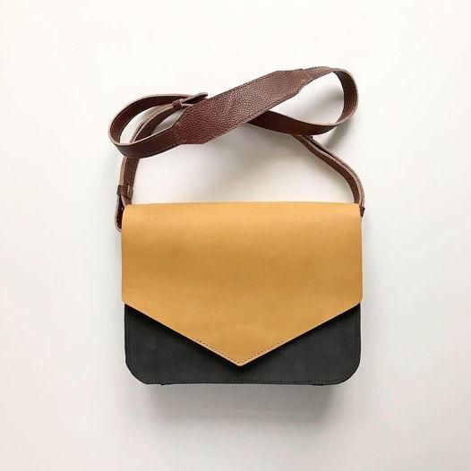 Кожаная сумка Envelope Wheat Field/Gray Suede