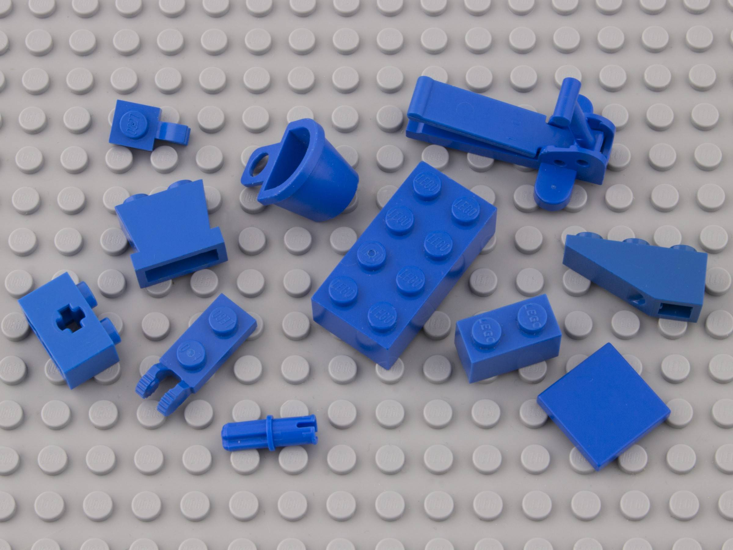 23—Bright Blue  lego
