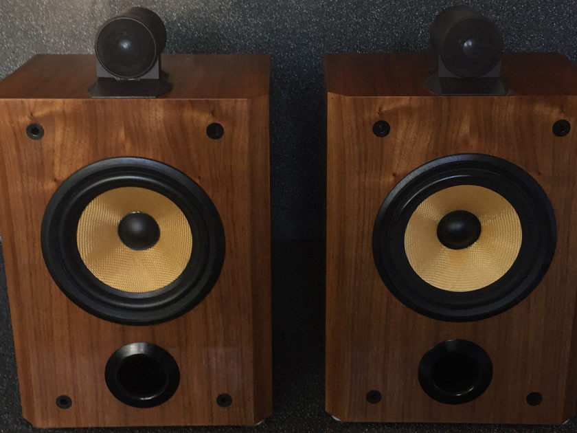 Bowers and Wilkens B&W  Matrix 805  Stereo Speakers