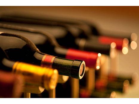 SUPER SILENT: Big Bottles, Big Wines