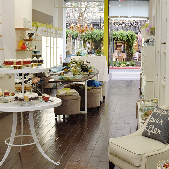 Located on Santana Row, Silicon Valley's premier shopping destination, Annieglass is a favorite home goods store for the San Francisco Bay Area.