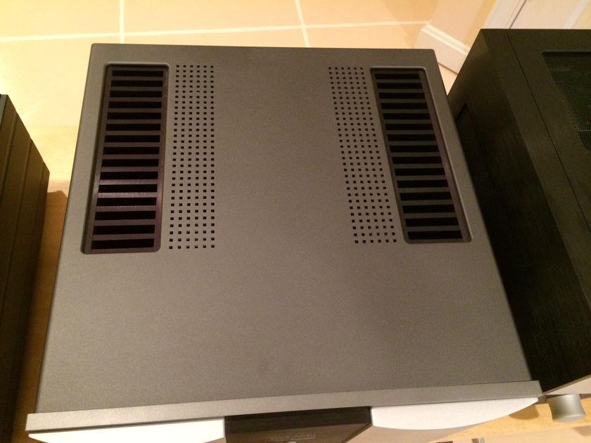 MARK LEVINSON No 432 Power Amplifier  No 432 Power Amplifier In very good condition