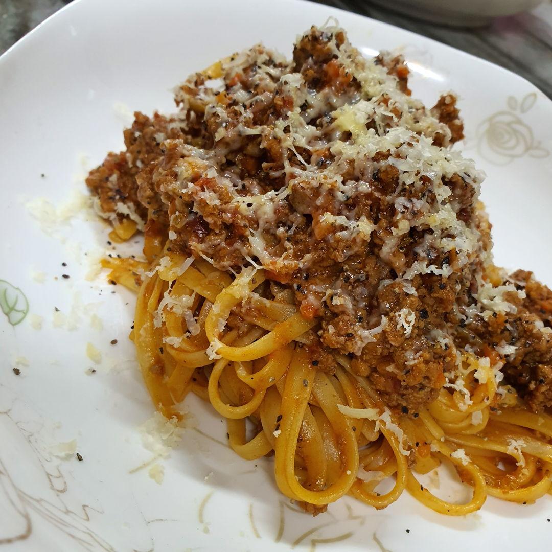 Fettuccine Bolognese **Recipe: Jamie Oliver