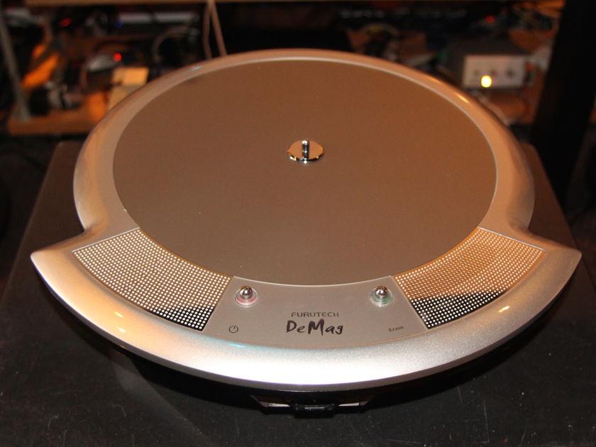 Furutech deMag LP,Disc and Cable Demagnetizer