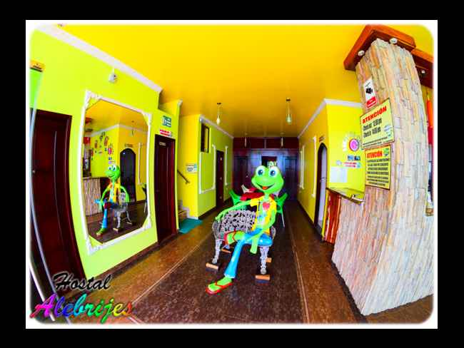 * HOSTEL ALEBRIJES * Your home in Montañita !!-Montañita