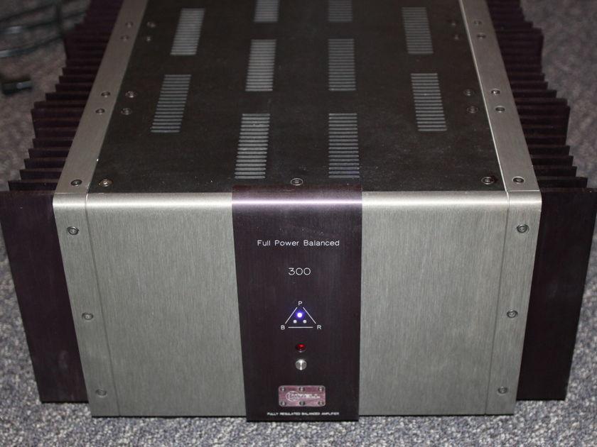 Krell FPB-300 Bal Stereo 300 w 8 ohms !