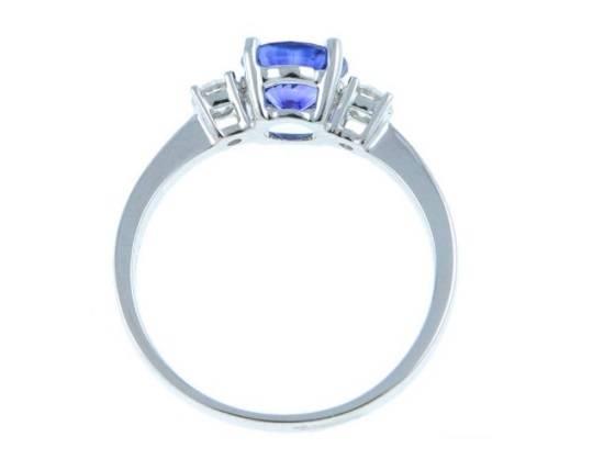Bespoke diamond and sapphire engagement ring from Poibjoy Diamonds