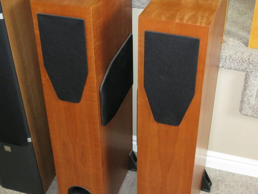 Rega RS5 Loudspeaker - Cherry Store Demo - Excellent!