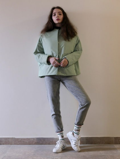 Светло зеленая утепленная куртка-кит