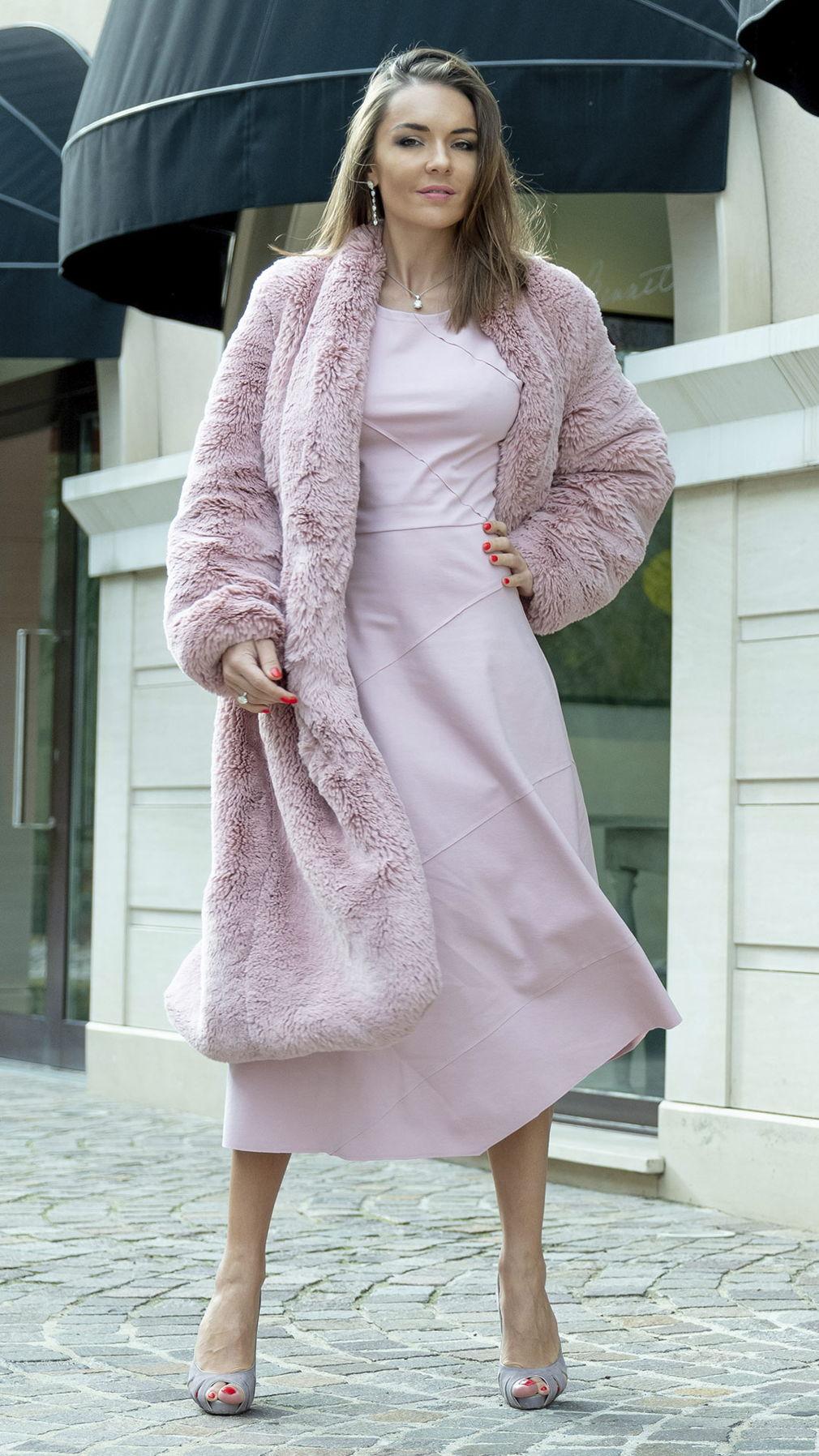 Розовая шуба из Чебурашки