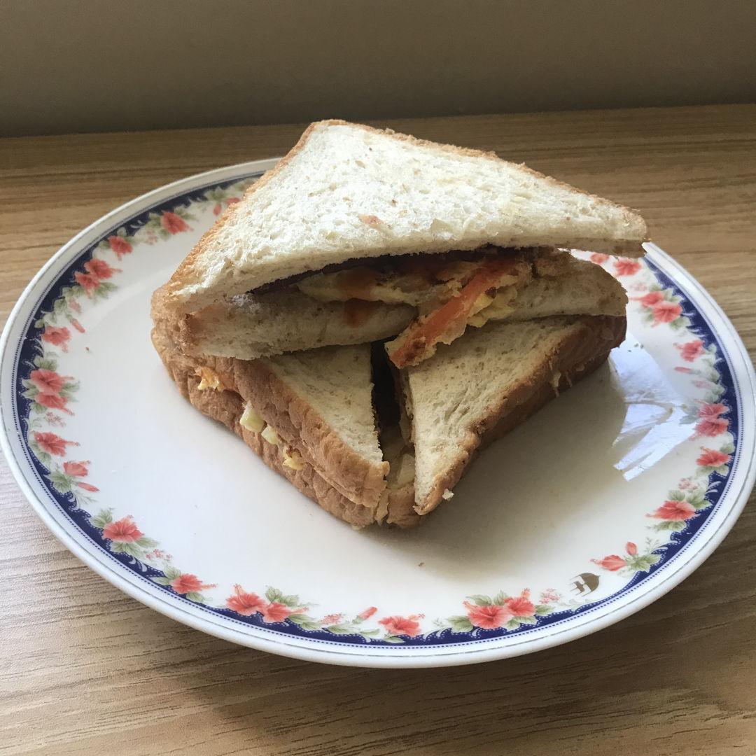 Chicken luncheon meat sandwiches 🥪 😁👏🏻