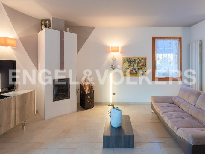 Beautiful three-family house in Caorle