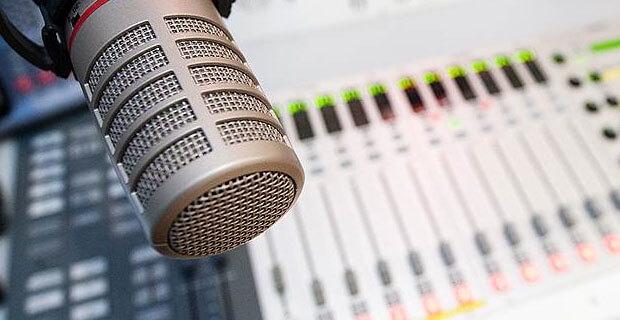 Представитель регулятора Украины упрекнул «Люкс FM», «Наше радио» и «Шансон» за недостаток украинской музыки в прайм-тайм - Новости радио OnAir.ru