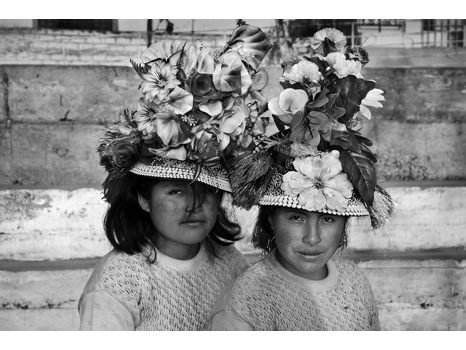 Two girls from Huancavelica
