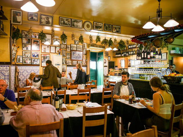 Our team picks Zé da Mouraria as one of the best and cheapest Portuguese food restaurants in Lisbon.
