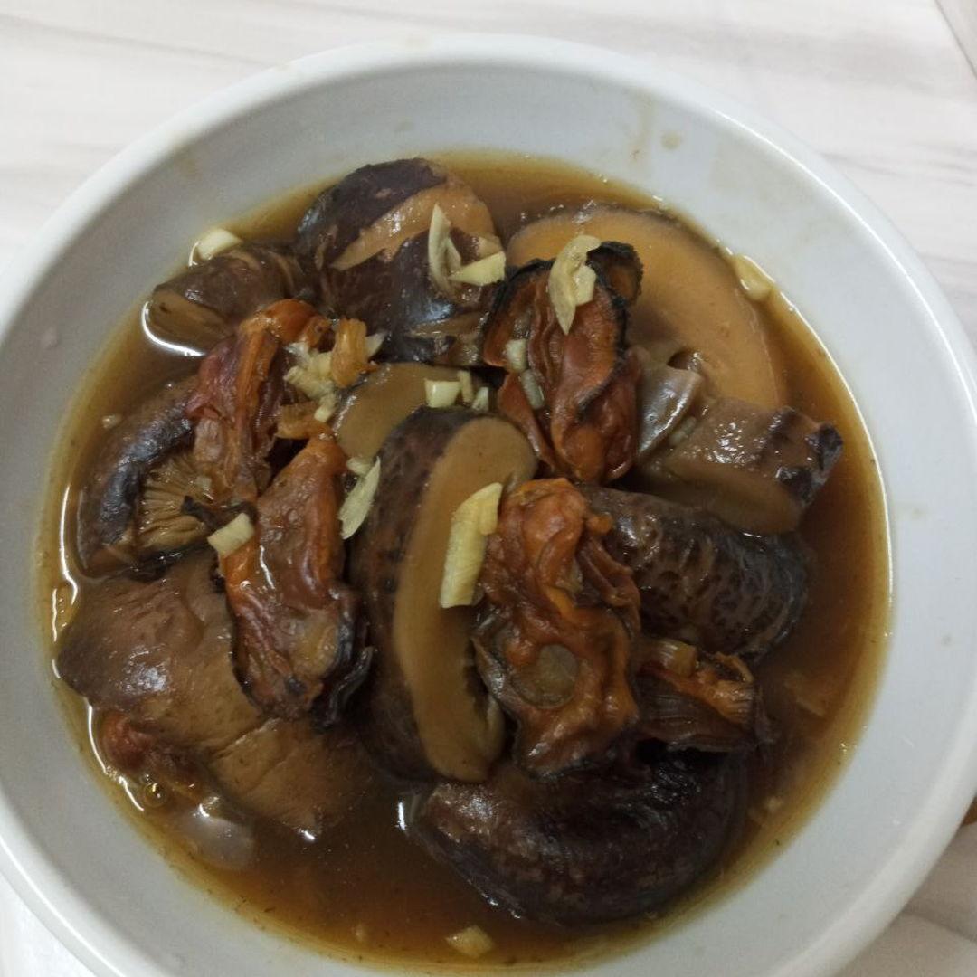 Braised mushrooms 🍄 juicy and flavourful 😁🤗