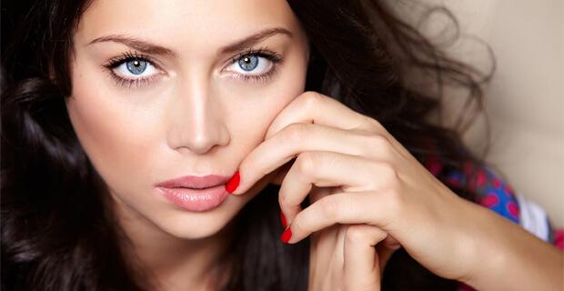 Выступление Самбурской вырезали из эфира премии «Шансон Года» на Первом канале - Новости радио OnAir.ru