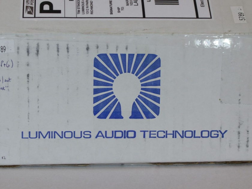 Luminous Audio Axiom 2 Passive Preamplifier + Walker mod + P&G Volume - AS NEW
