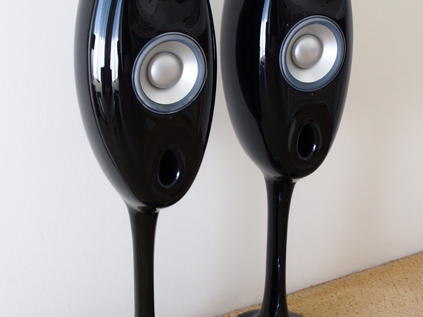 Vivid Audio V1.5