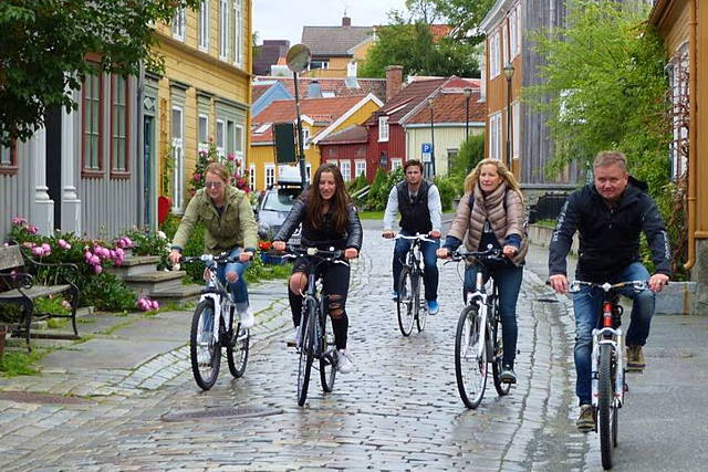 Guided bike ride in Trondheim