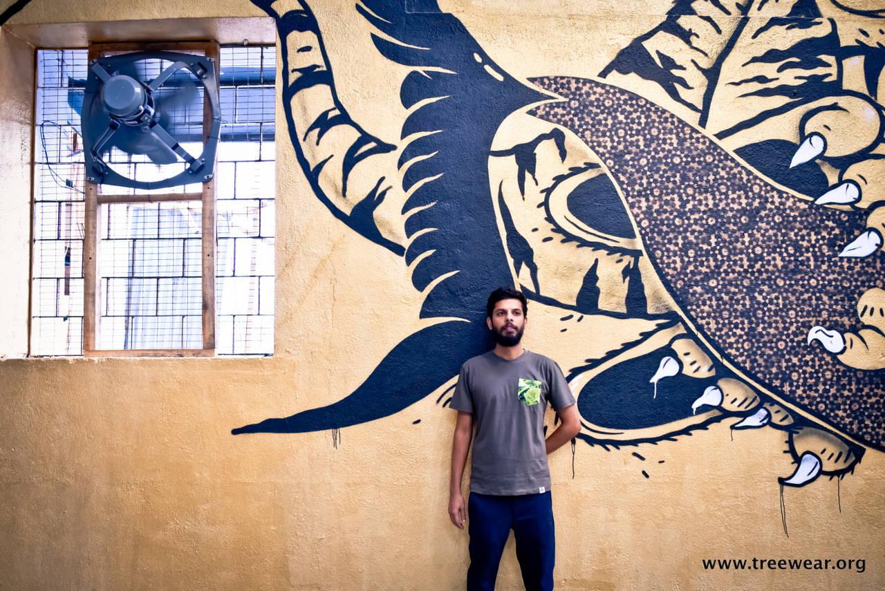 Organic Cotton Pocket T-shirt - Green - Sasoon Dock hero shot