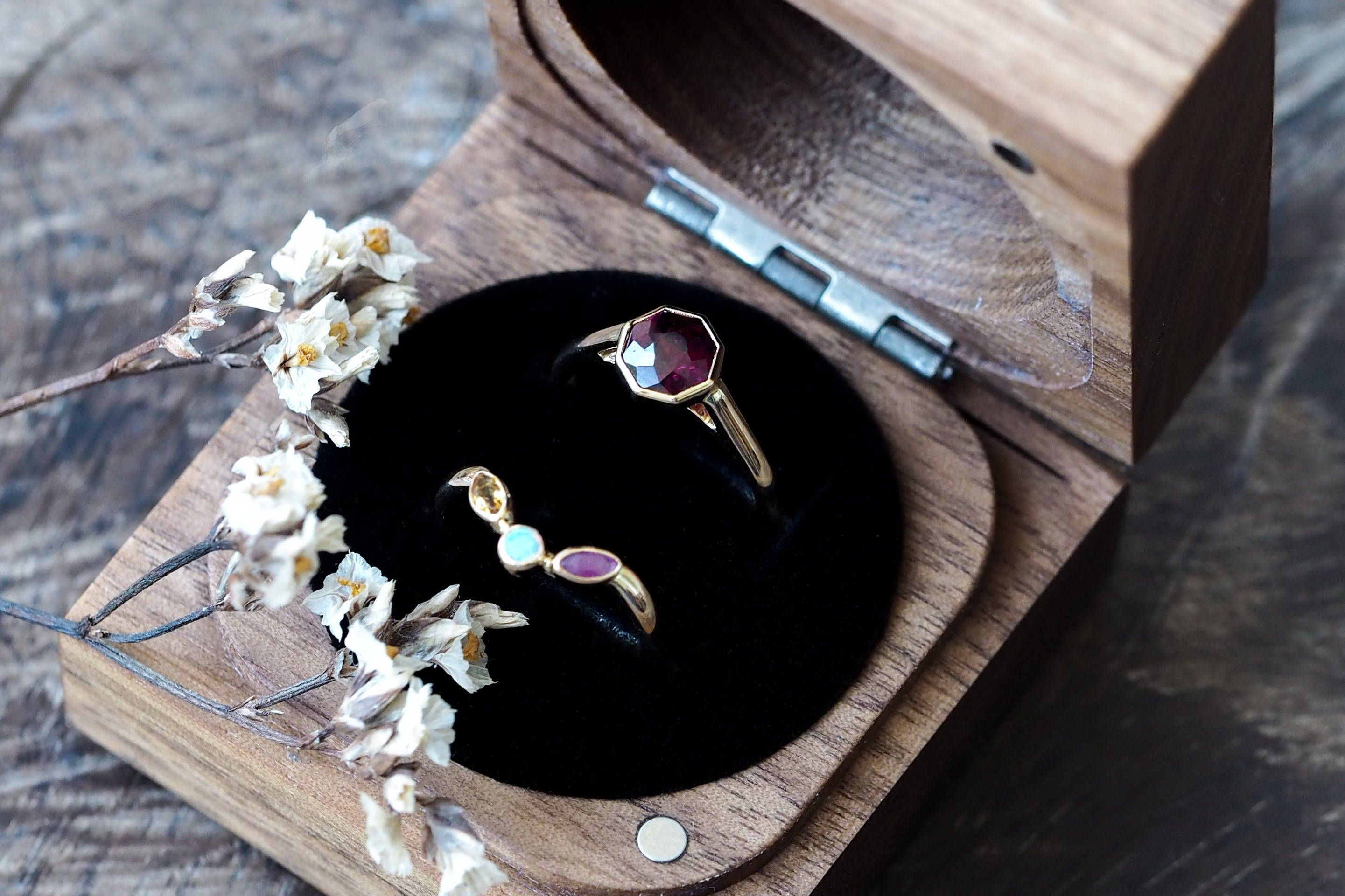 Custome ethical birthstone ring