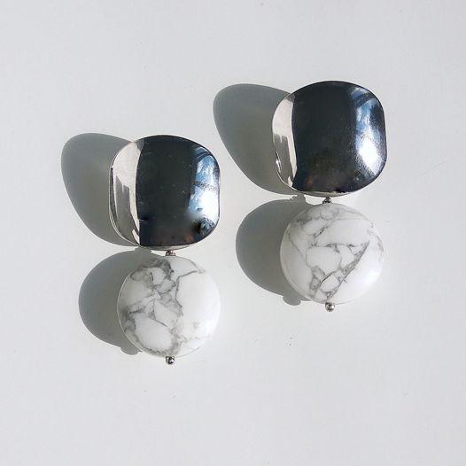 Серьги с кахолонгом Marble