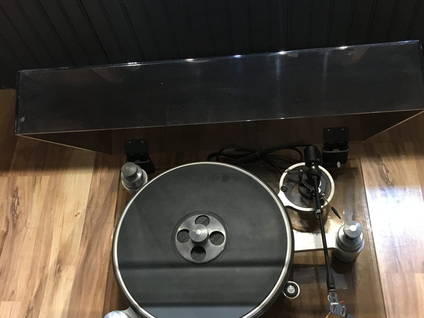 Oracle Audio Technologies Delphi W/ Grace Tonearm
