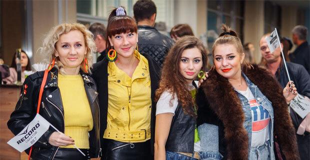«Супердискотека 90-х» Радио Рекорд прошла в Саратове - Новости радио OnAir.ru
