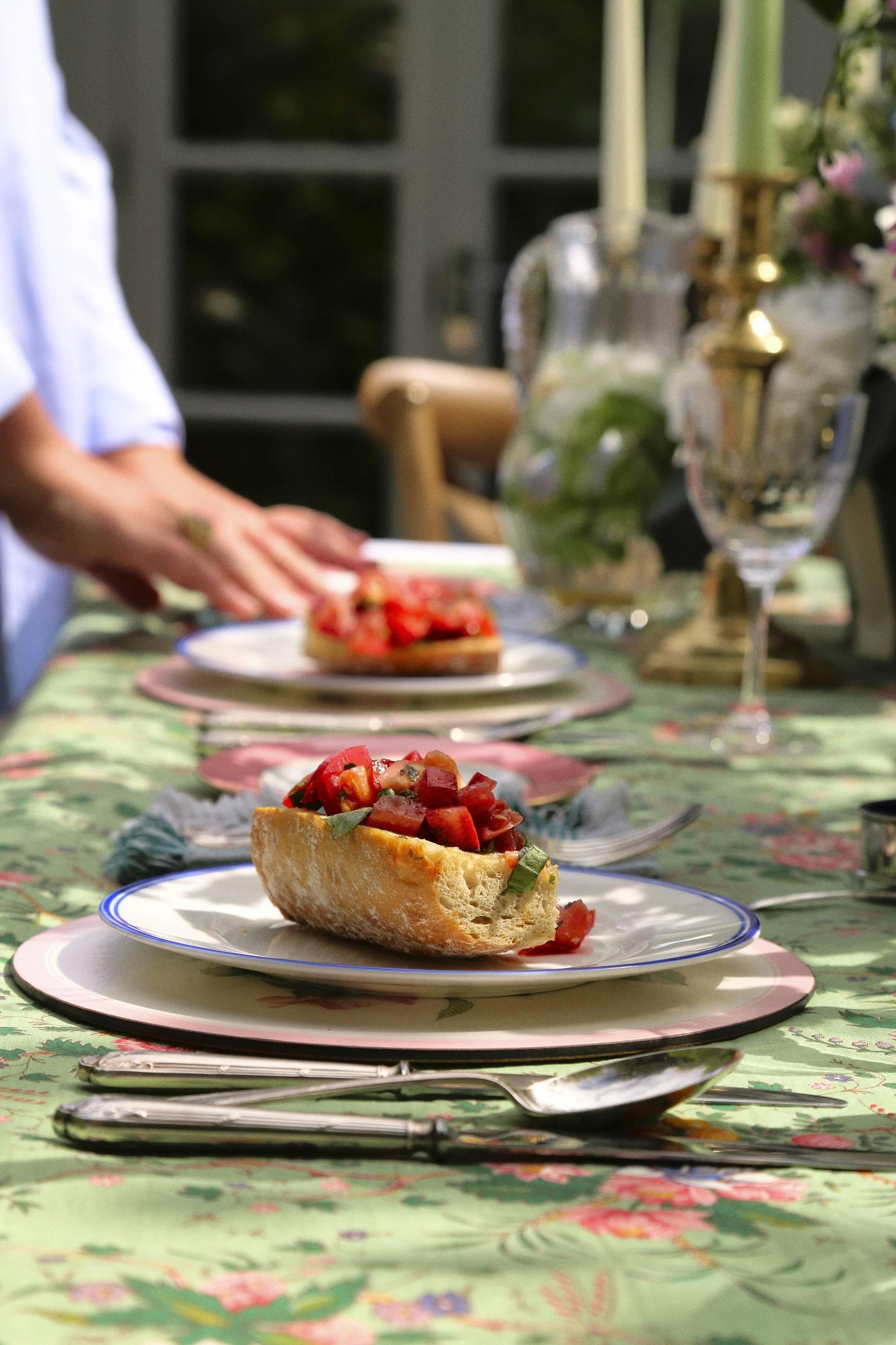 bone china dinner set made in england
