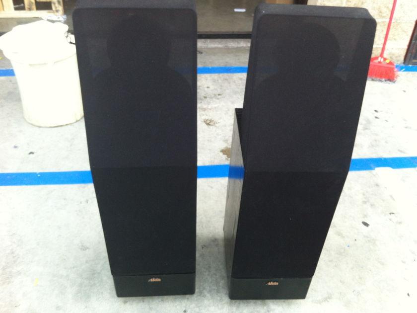 Alon II Speakers