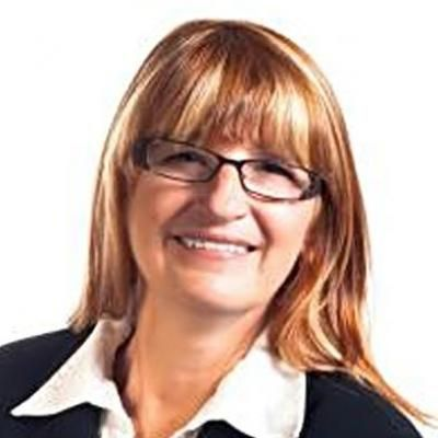 Johanne Boyer  Real estate agent RE/MAX Platine