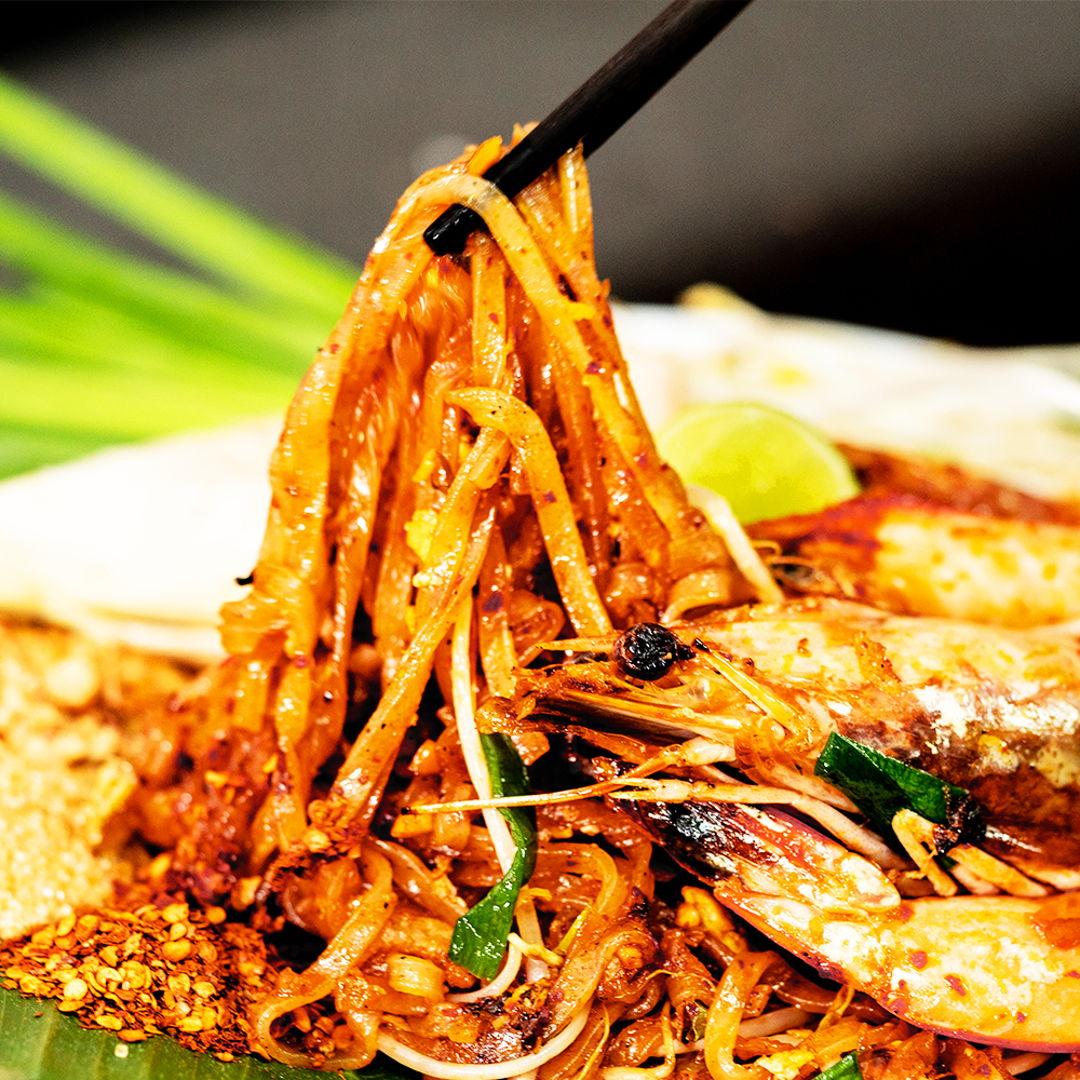 Pad Thai - Thai stir-fry noodles. Homemade by me :)