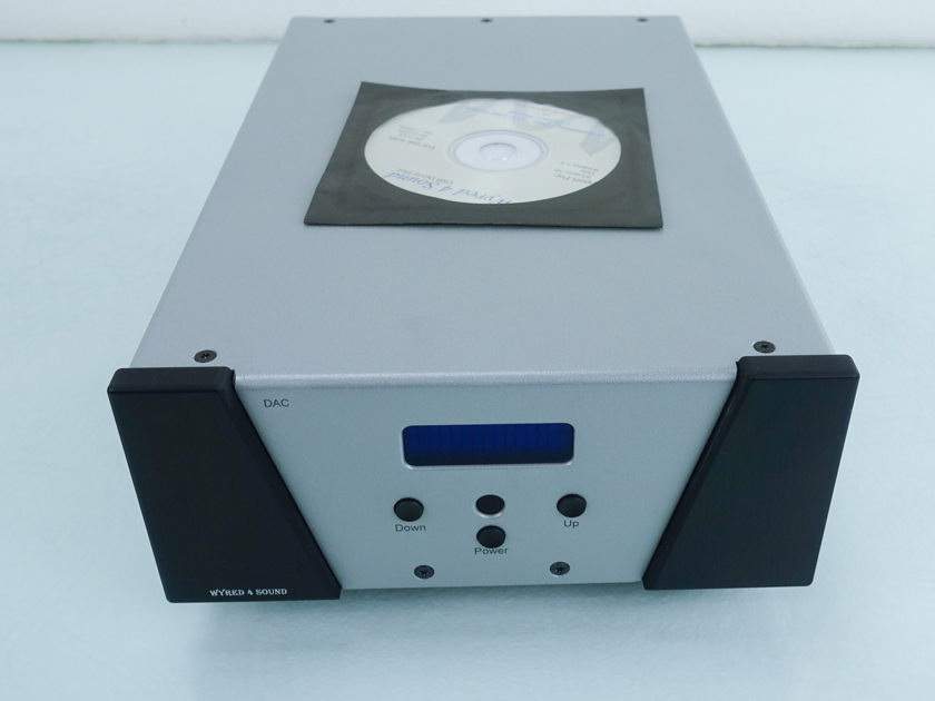 Wyred 4 Sound  Dac-1 LE w/ Femto Clock Upgrade (9133)