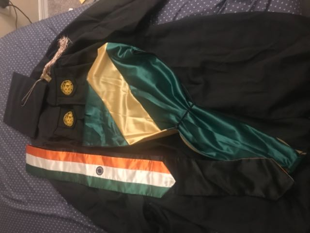 RENTERS BAY: USF Grad Cap and Gown