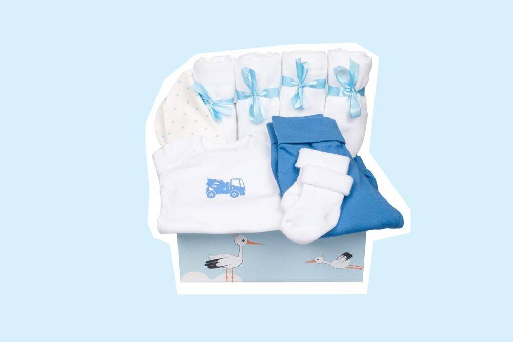 Babyerstausstattung für Jungen als Geburtsgeschenk von Taidasbox